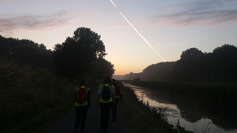 Wandeling nacht van de vluchteling