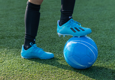 Voetbalschoenen met bal